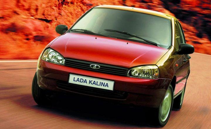 10 000 автомобилей Lada продал «АвтоВАЗ» за 2 недели октября