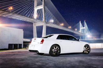 Австралийцы первыми увидели Chrysler 300 SRT
