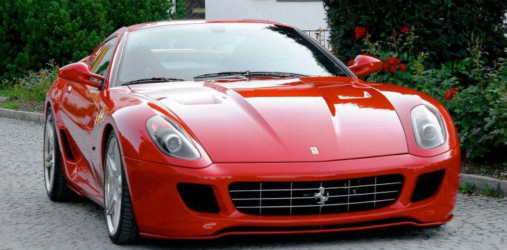 Ferrari отзывает треть выпущенных за год автомобилей