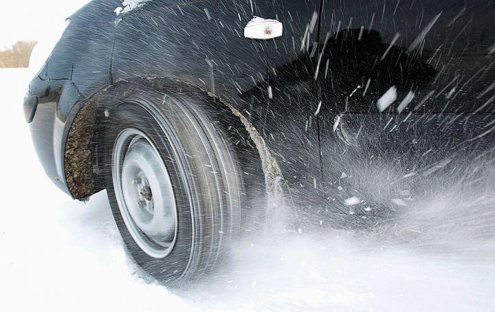 ГАИ предупредит о необходимости заменить резину на зимнюю