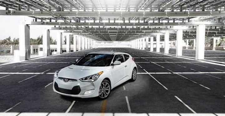 Hyundai объявила о выходе в России обновленного Veloster и его цену