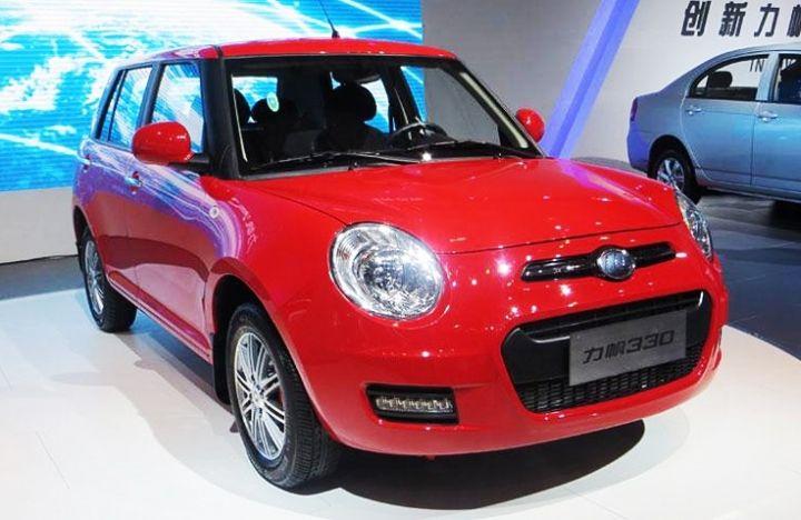 Импорт китайских авто в Россию сократился на треть