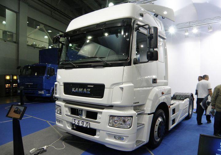 «КамАЗ» в марте запустит производство двух новинок с агрегатами Daimler