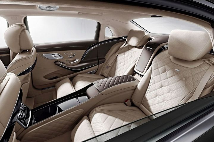 Компания Mercedes-Benz показала интерьер нового Maybach