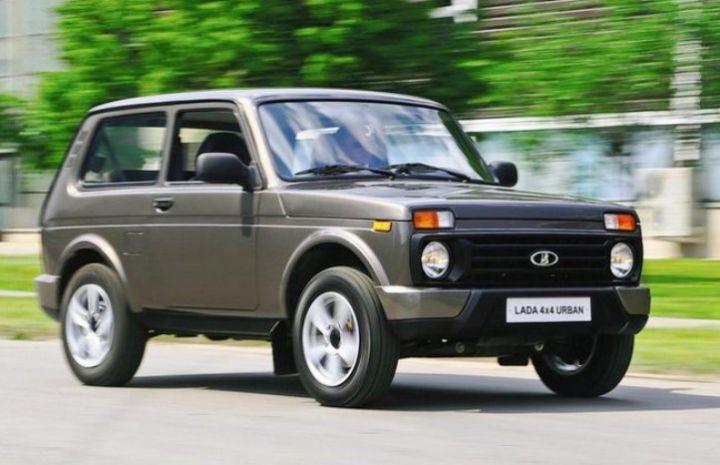 Lada 4×4 «Нива» получила версию «люкс» с кондиционером