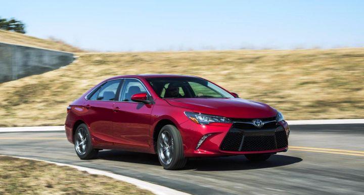 Новый Toyota Camry начнут производить в ноябре