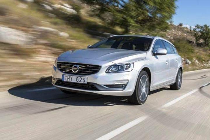 Новый Volvo S90 оценили в 45 тысяч евро