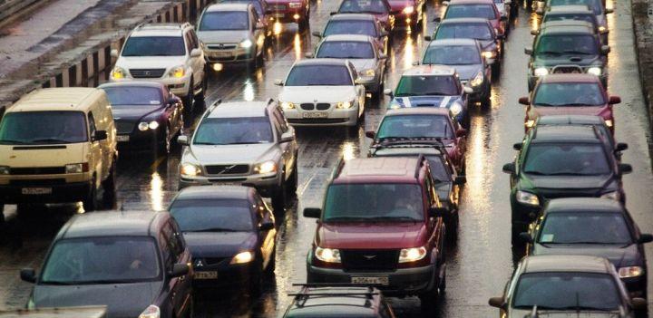 Парк легковых авто в России превысил 40 млн экземпляров