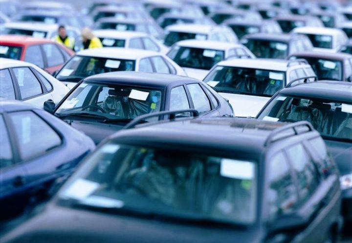 Россиянам помогут вернуть 13% от стоимости авто