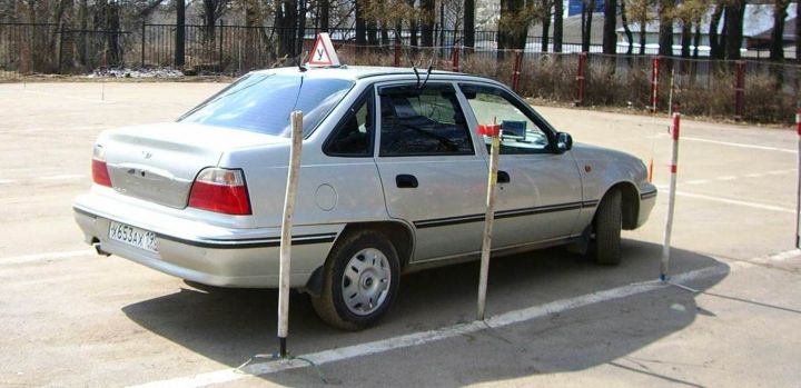 Россиянам расскажут о лучших автошколах страны