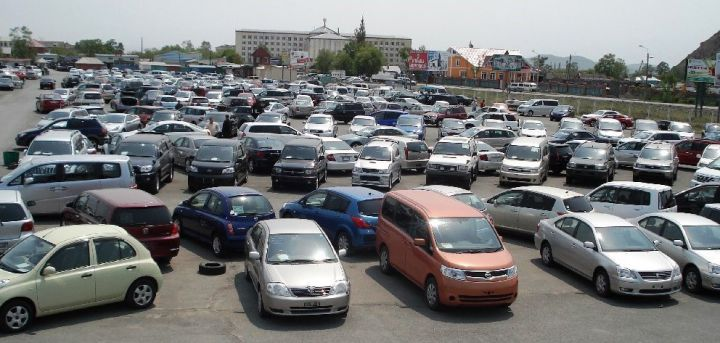 Укрепившийся курс рубля снизил спрос на авто с пробегом