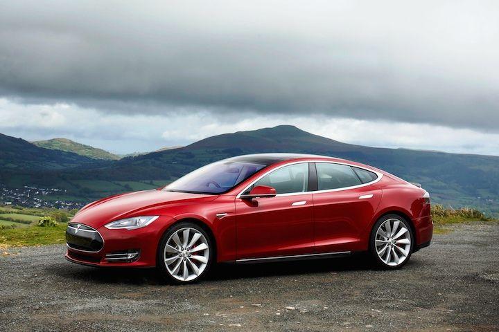 В 2014 году компания Tesla выпустила 35 тысяч электрокаров