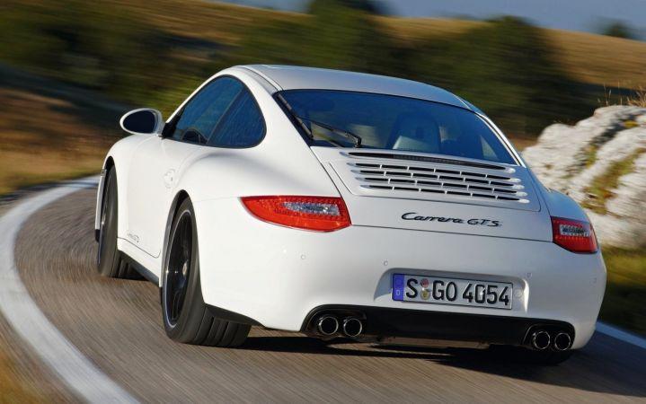 В Лос-Анджелесе представят обновленный Porsche 911 Carrera GTC
