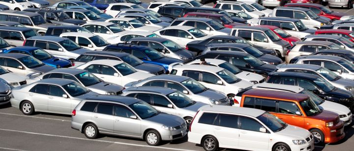 В России скупают автомобили с пробегом