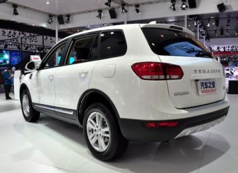 В марте в продаже появится новый китайский внедорожник Yema T70