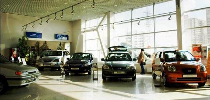 В октябре Россия заняла второе место в Европе по объему продаж авто