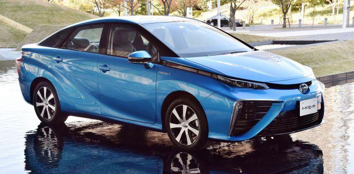 Водородный Toyota Mirai будет стоить 57 тысяч долларов