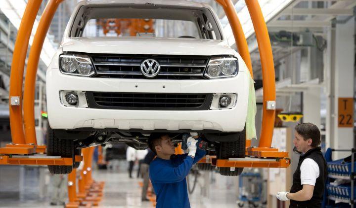 Volkswagen опять приостановил производство в России