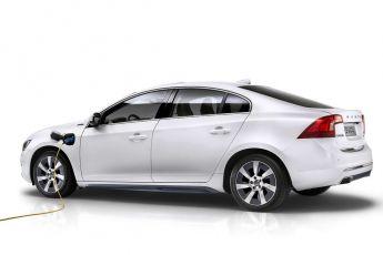 Volvo с гибридной силовой установкой появится на рынке в 2015 году