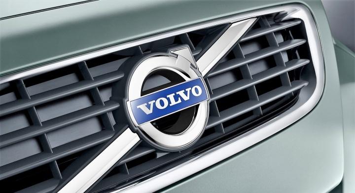 Все новые автомобили Volvo получат электродвигатели